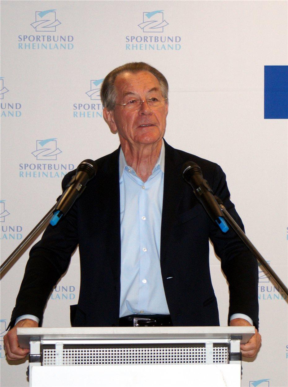 gastredner-franz-muentefering-ist-seit-2015-vorsitzender-212614